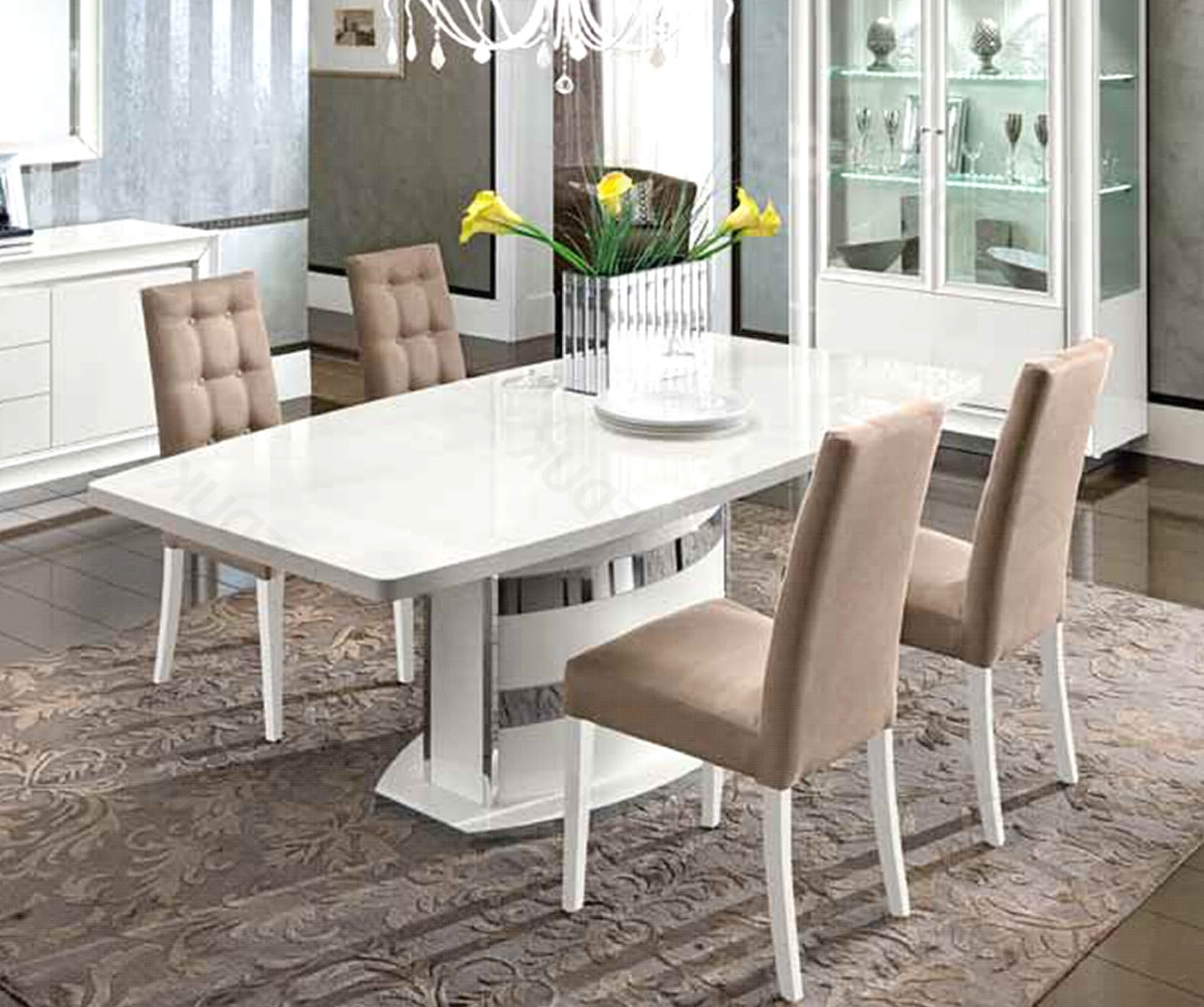 Dama Bianca White High Gloss Extending Inside Well Known High Gloss Dining Tables Sets (View 19 of 25)