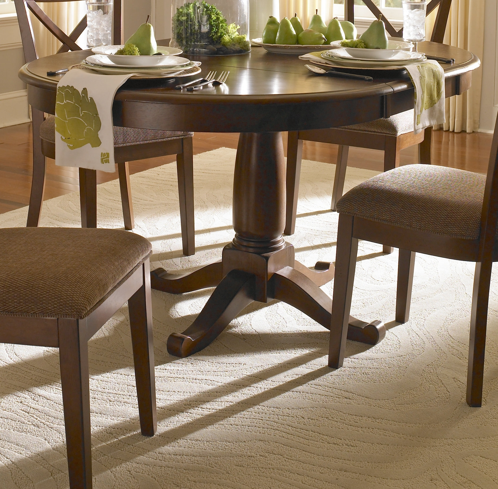 Darby Home Co Kiantone Extendable Dining Table & Reviews (Gallery 4 of 25)