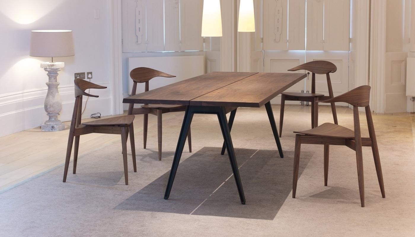 De La Espada Welles Large Dining Table Danish Oiled Walnut (View 15 of 25)