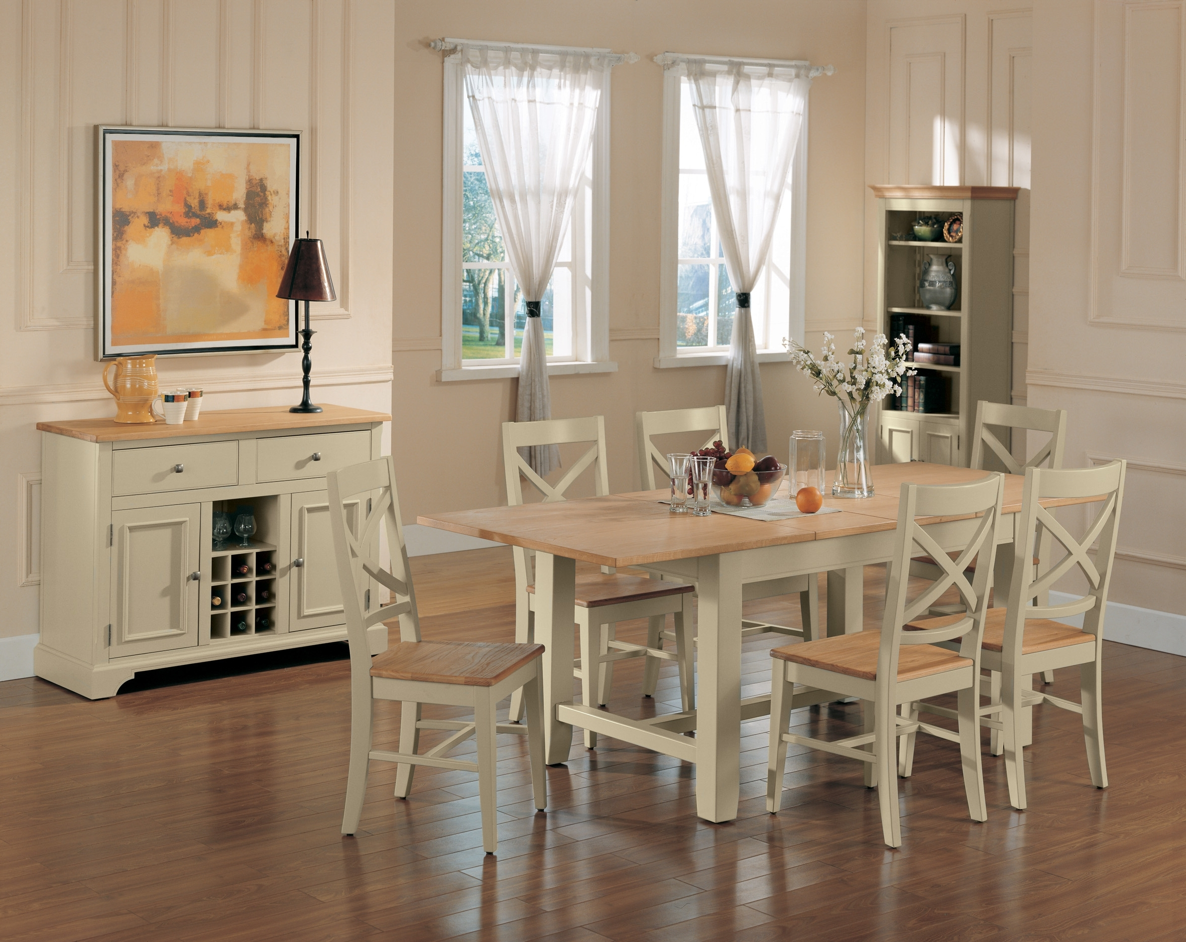 Decorative How To Paint A Dining Room Table Shabby Chic With Cool Throughout Well Known Shabby Chic Cream Dining Tables And Chairs (View 12 of 25)