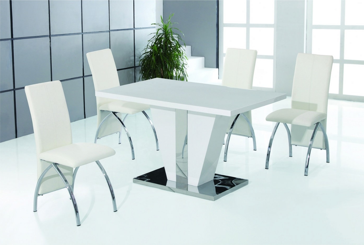 Delta White And Stainless Steel Dining Table Set In Current Hi Gloss Dining Tables Sets (Gallery 15 of 25)
