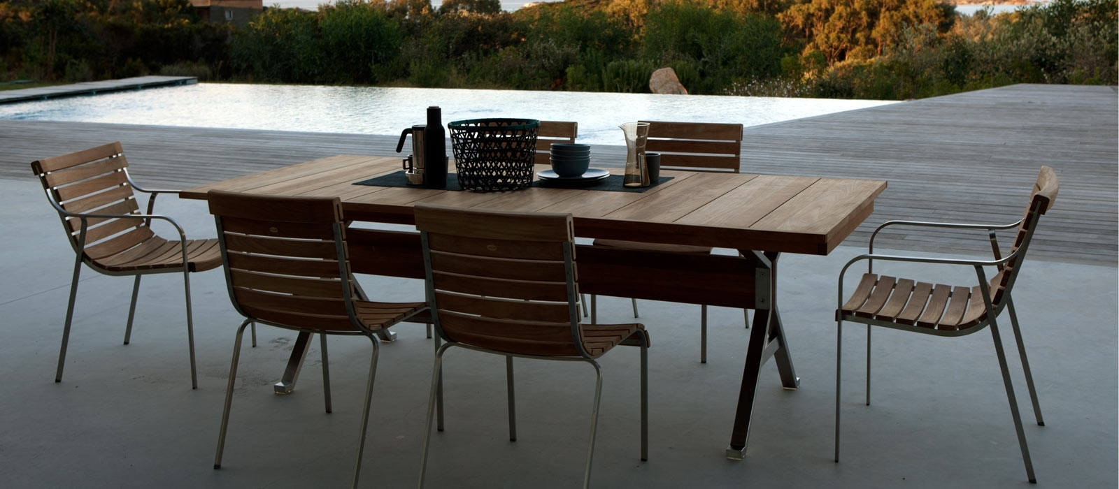 Designer Garden Tables: Wooden, Metal & Teakunopiù With Regard To Preferred Garden Dining Tables (Gallery 8 of 25)