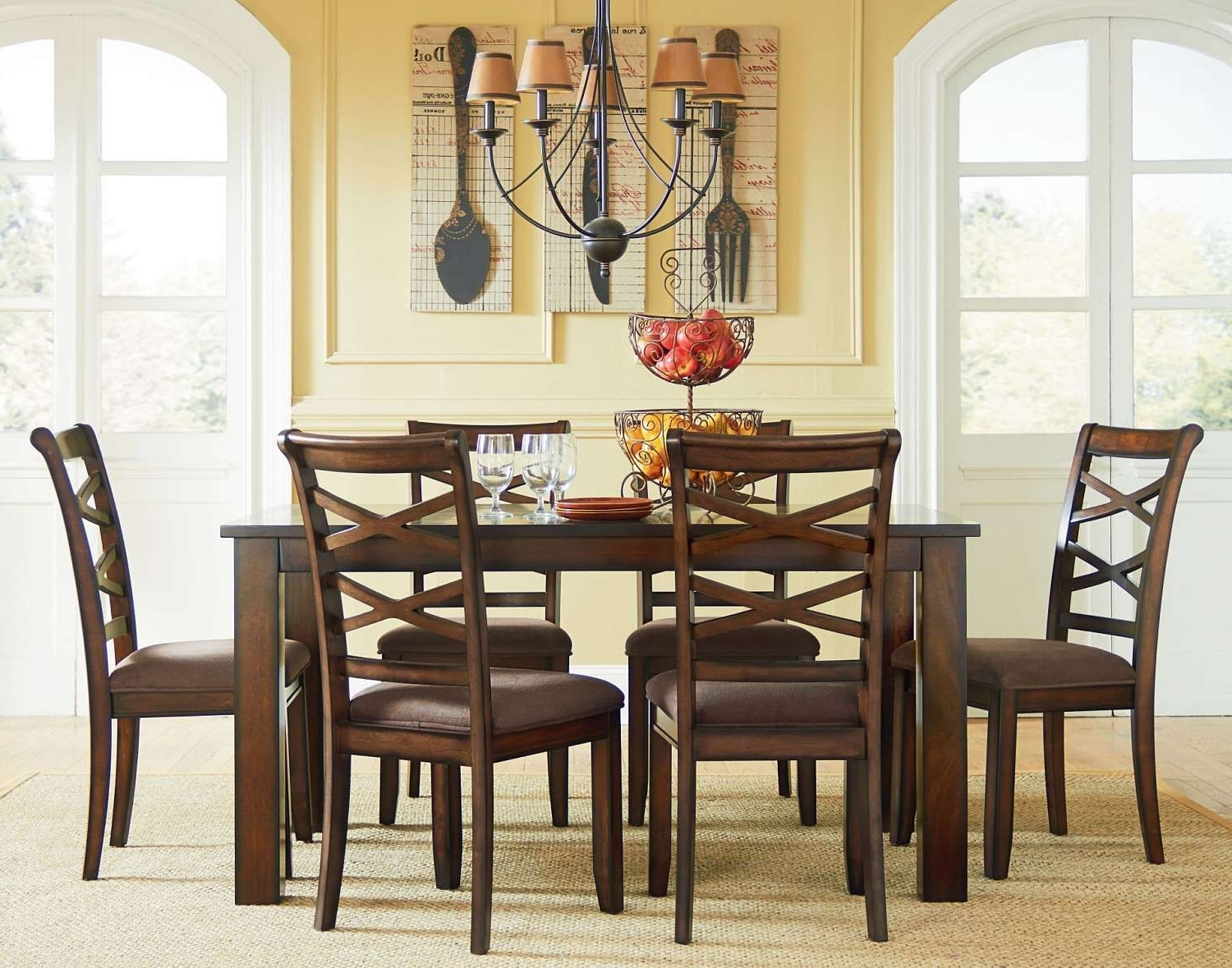 Dining Rooms (Gallery 4 of 25)