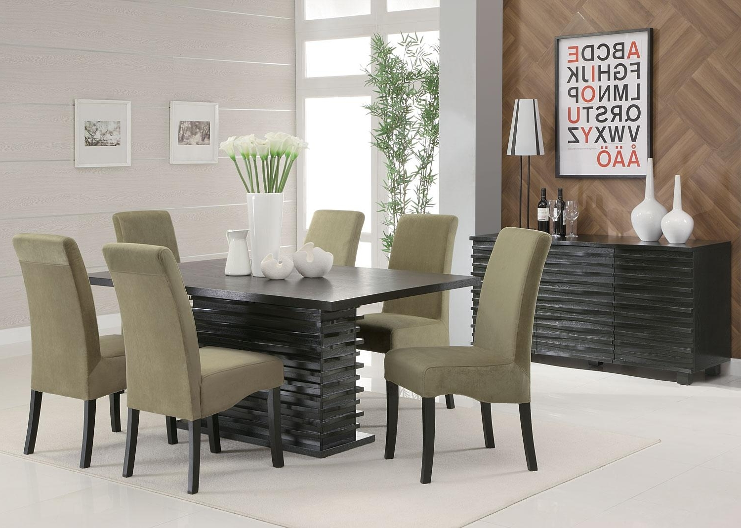Dining Sets (View 11 of 25)