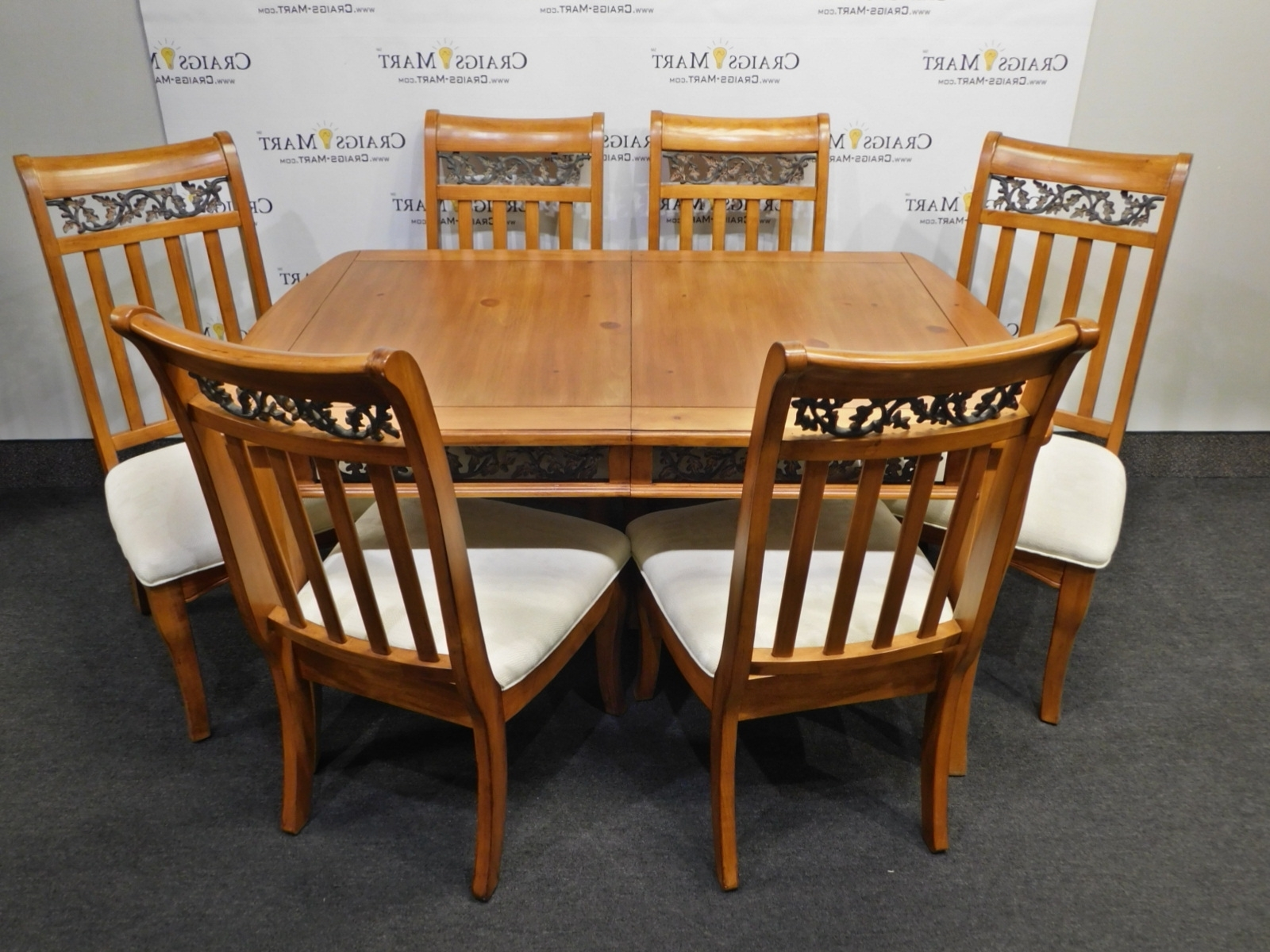 Dining Table With 8 Chairs And Leaf (View 22 of 25)