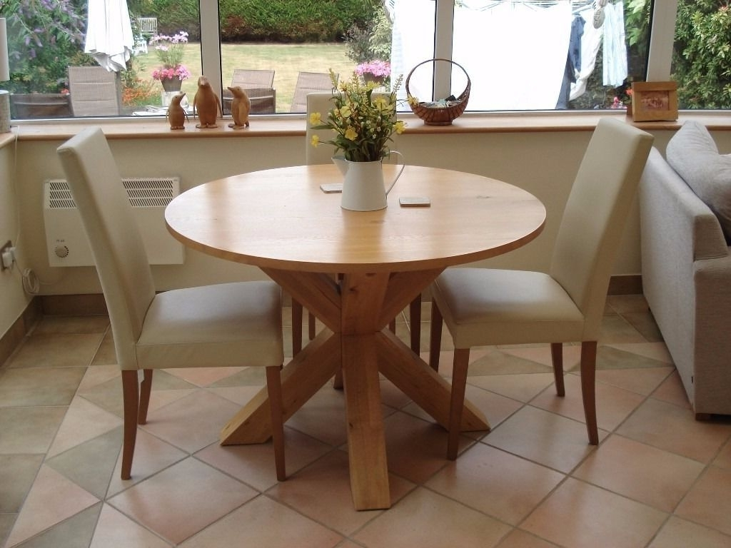 Doces Abobrinhas in Well known Next Hudson Dining Tables