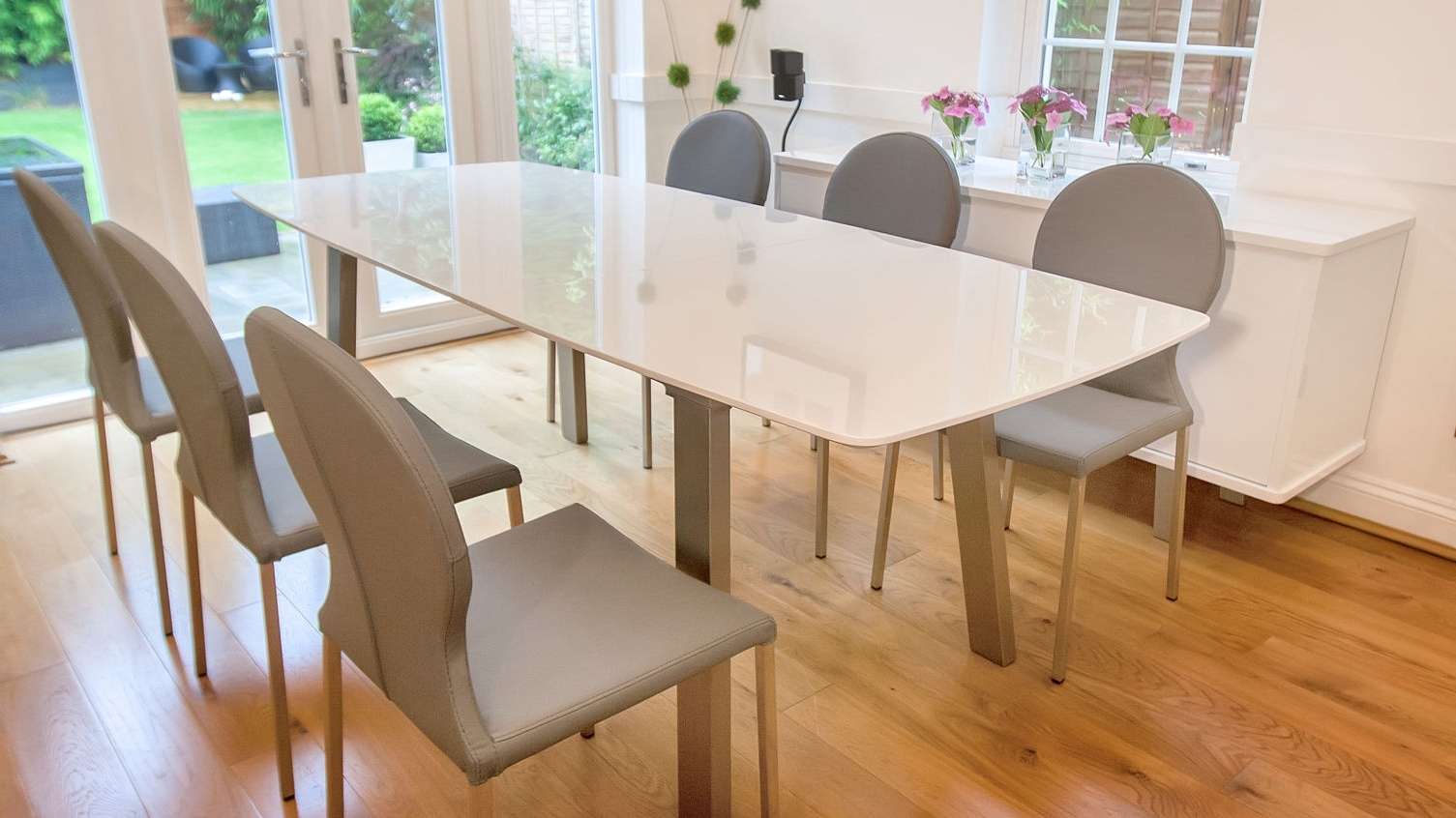 Extending Dining Room Tables And Chairs Dining Room Chair Slipcovers Throughout Well Known White Extendable Dining Tables And Chairs (View 4 of 25)