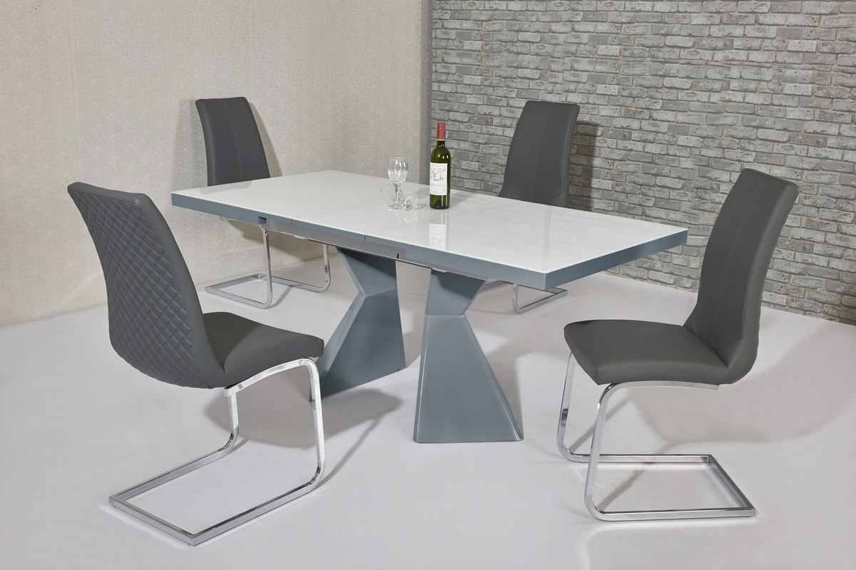 Famous White Gloss Dining Tables 140Cm For White Glass Grey High Gloss Dining Table And 4 Grey Chairs (View 4 of 25)
