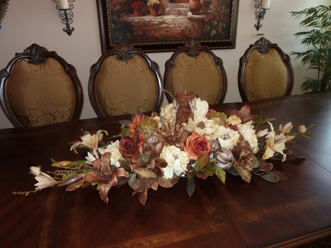 Fantastic Silk Floral Arrangements For Dining Room Table – Esescatrina With Regard To Most Recent Artificial Floral Arrangements For Dining Tables (View 10 of 25)