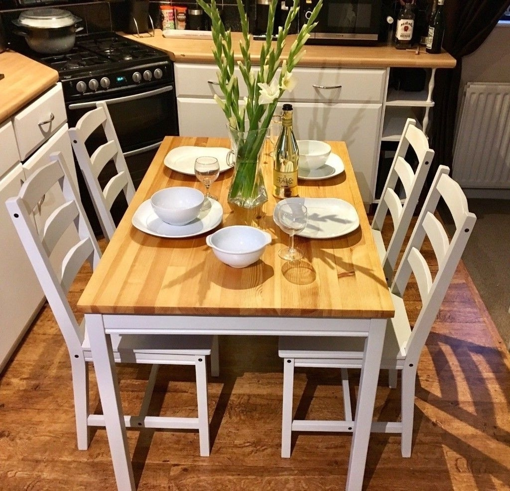 Farmhouse / Country Dining Table & Chairs In Little Greene French Inside Well Known Country Dining Tables (View 9 of 25)