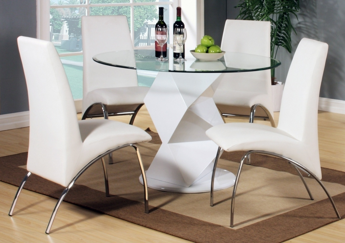 Fashionable Clear Glass Dining Tables And Chairs Pertaining To Modern Round White High Gloss Clear Glass Dining Table 4 4 Chair (View 7 of 25)