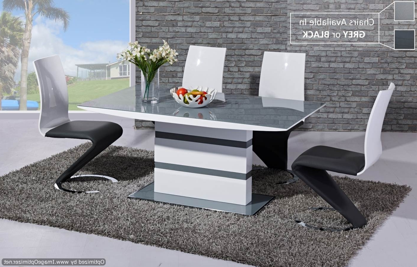 Fashionable Extending Gloss Dining Tables Within Italia Lamp Table High Gloss Black Furniture Mill Outlet (View 7 of 25)