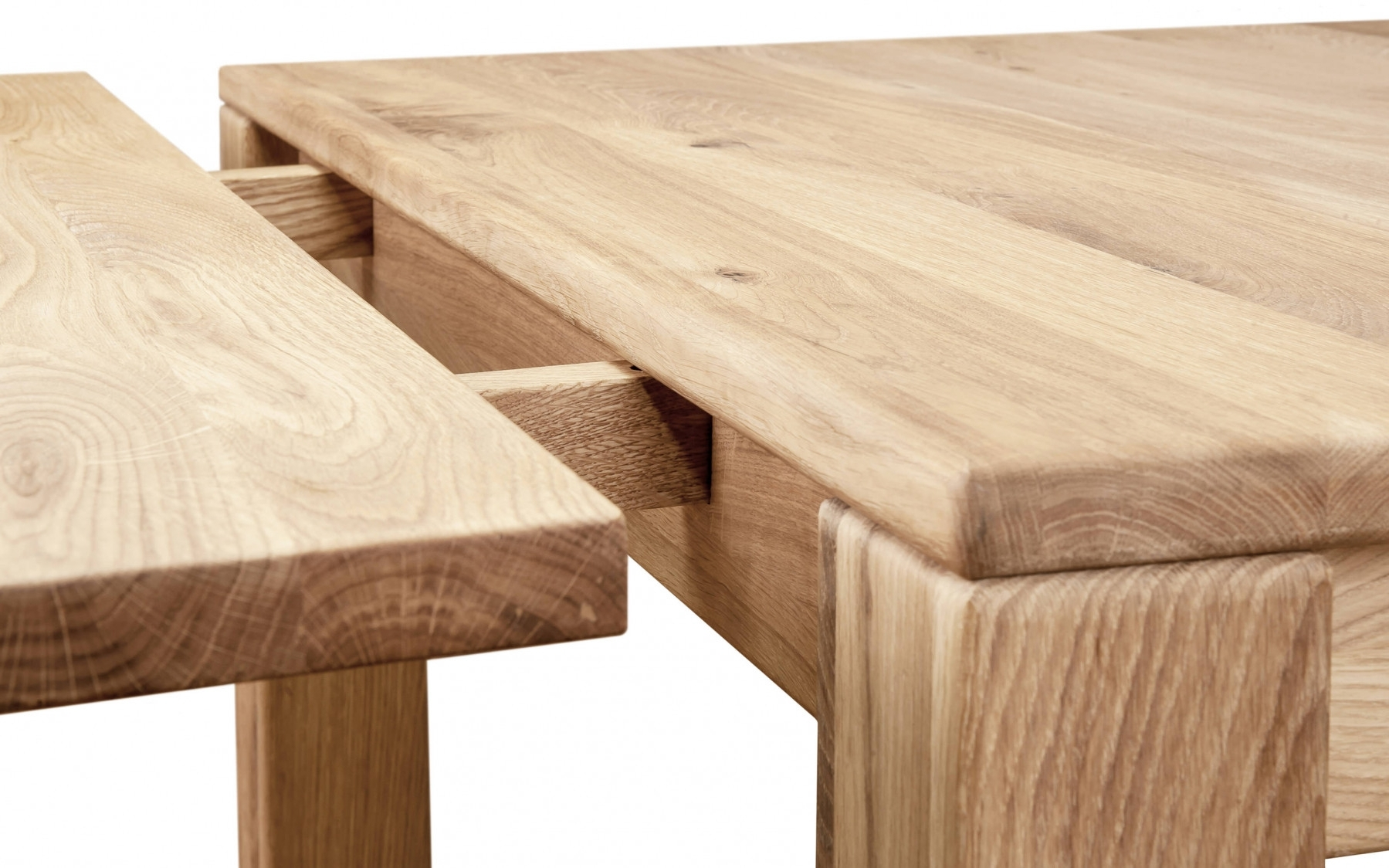 Fashionable Lyon Extending Dining Table (View 6 of 25)