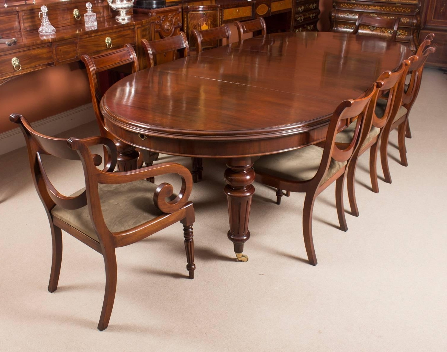 Fashionable Mahogany Extending Dining Tables And Chairs With Antique Victorian Oval Flame Mahogany Extending Dining Table, 19Th (View 5 of 25)