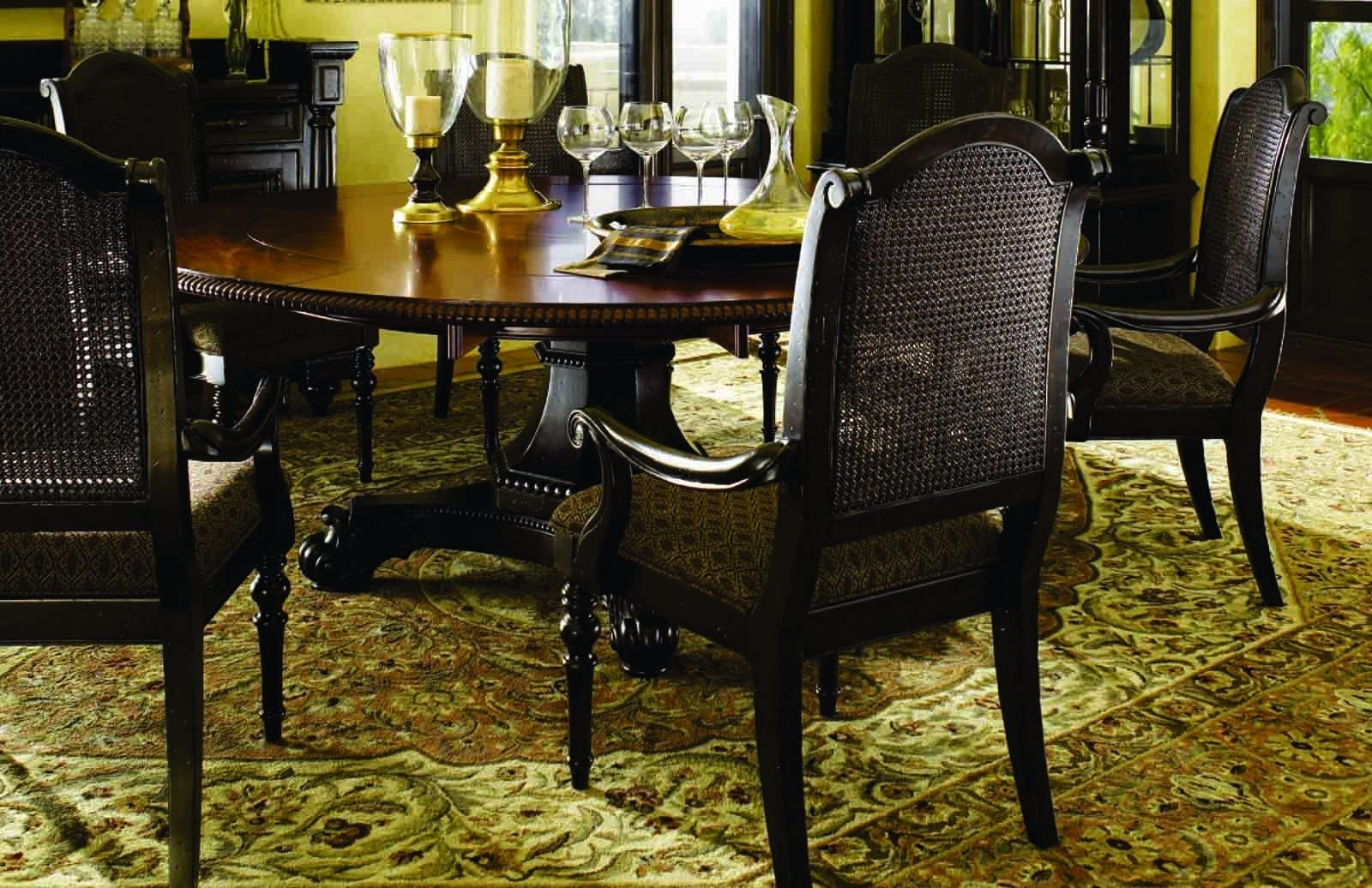 Fashionable Valencia 5 Piece 60 Inch Round Dining Sets Within 72 Round Dining Table In Dining Rooms Outlet (View 6 of 25)