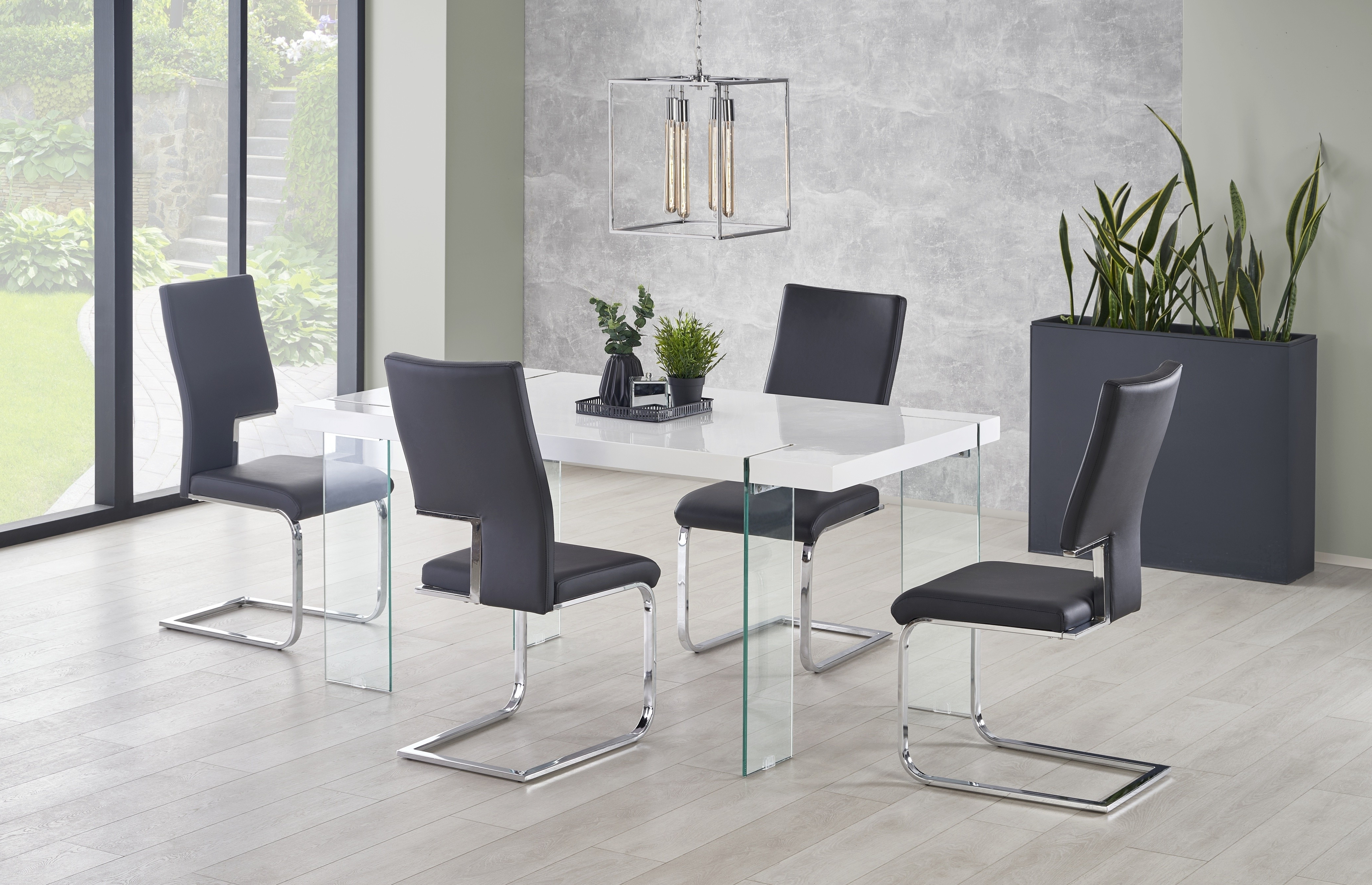 Fashionable White Gloss And Glass Dining Tables In Mauro White Gloss Top And Clear Glass Legs Dining Table 160Cm (View 7 of 25)