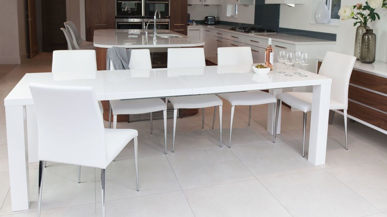 Fashionable White Gloss Extendable Dining Tables Intended For Fern White Gloss And Elise Extending Dining Set (View 2 of 25)
