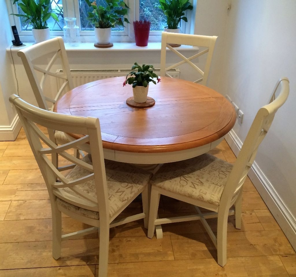 Favorite Cargo Hartham All Wood Extending Round Dining Table And 4 Chairs Pertaining To Extending Round Dining Tables (View 14 of 25)