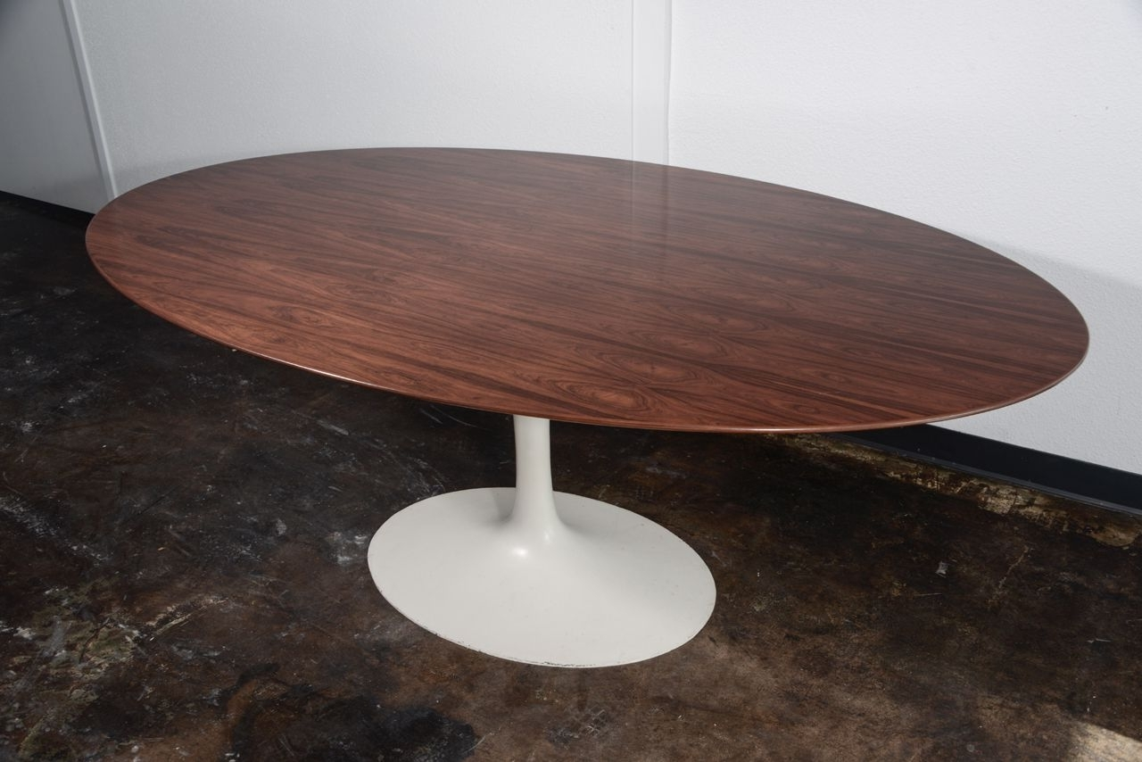 Favorite Furniture Awesome Knoll Saarinen Oval Tulip Dining Table Design With Regarding Palazzo 9 Piece Dining Sets With Pearson White Side Chairs (View 7 of 25)