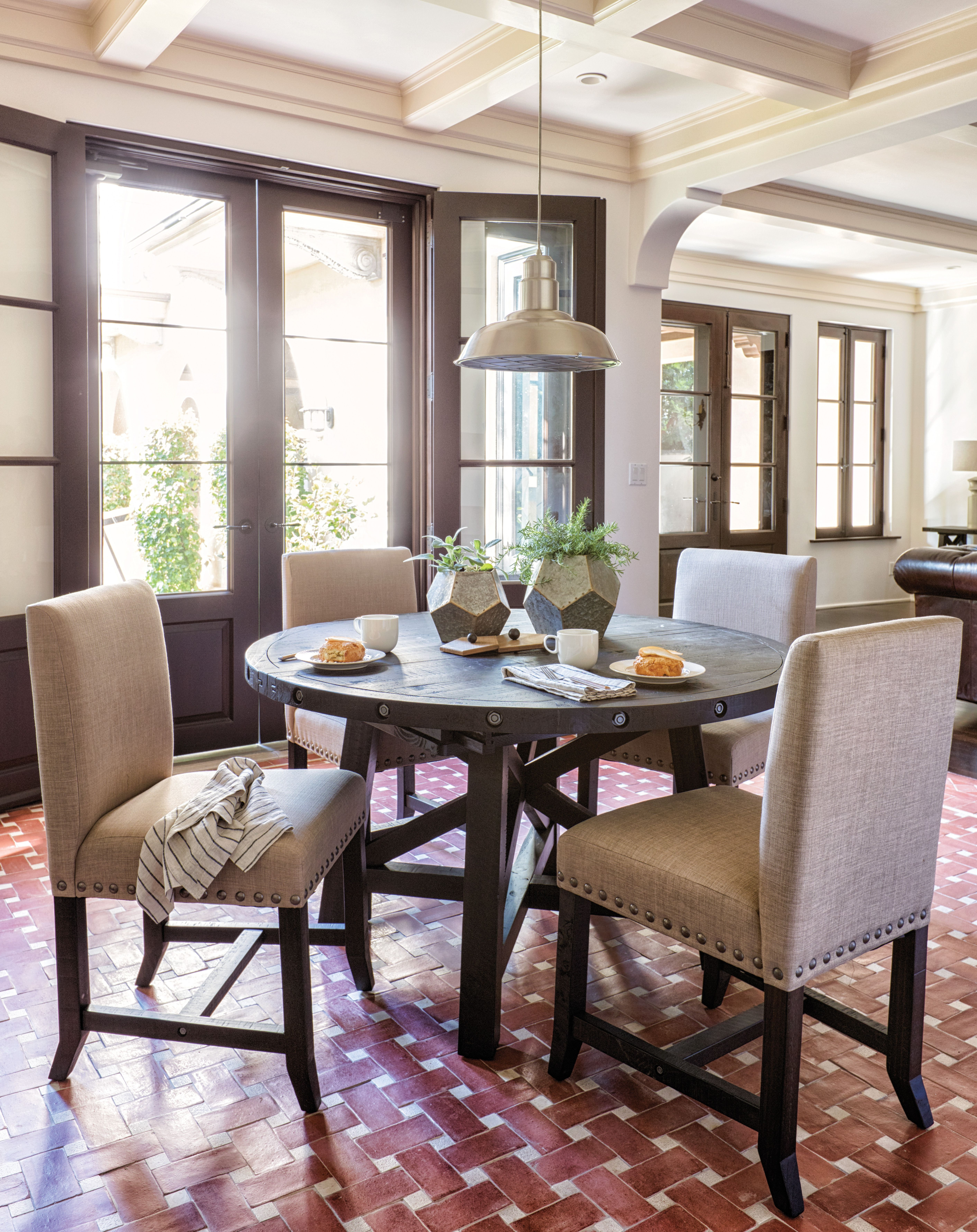 Favorite Jaxon 5 Piece Round Dining Sets With Upholstered Chairs Regarding Jaxon 5 Piece Round Dining Set (View 2 of 25)