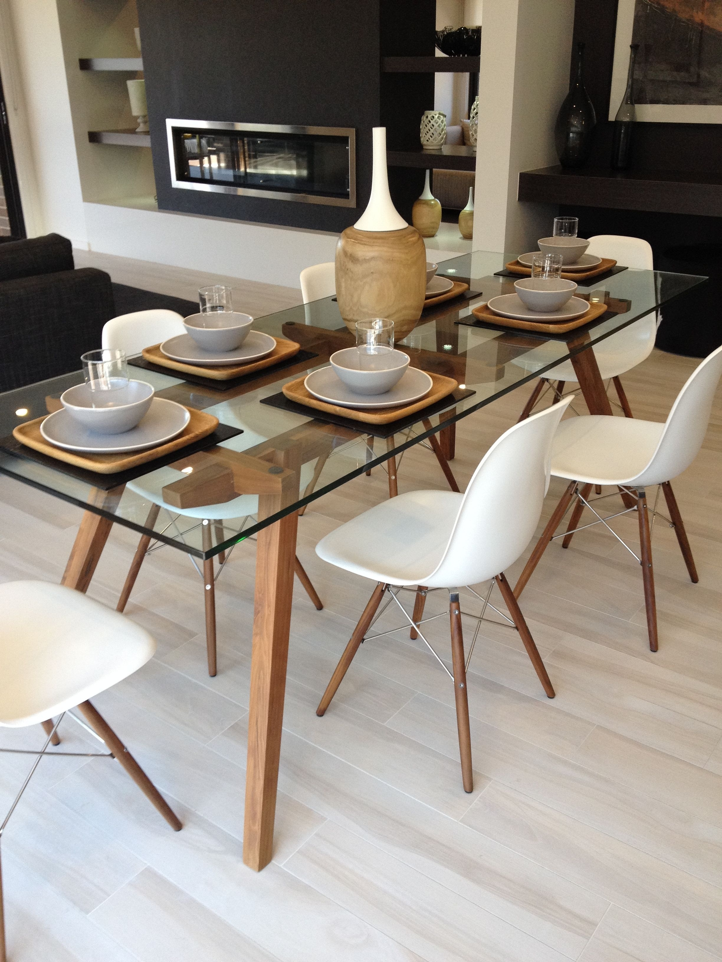 Favorite Sticotti Glass Dining Table And Eames Dining Chairs In Walnut For Helms 7 Piece Rectangle Dining Sets With Side Chairs (View 10 of 25)