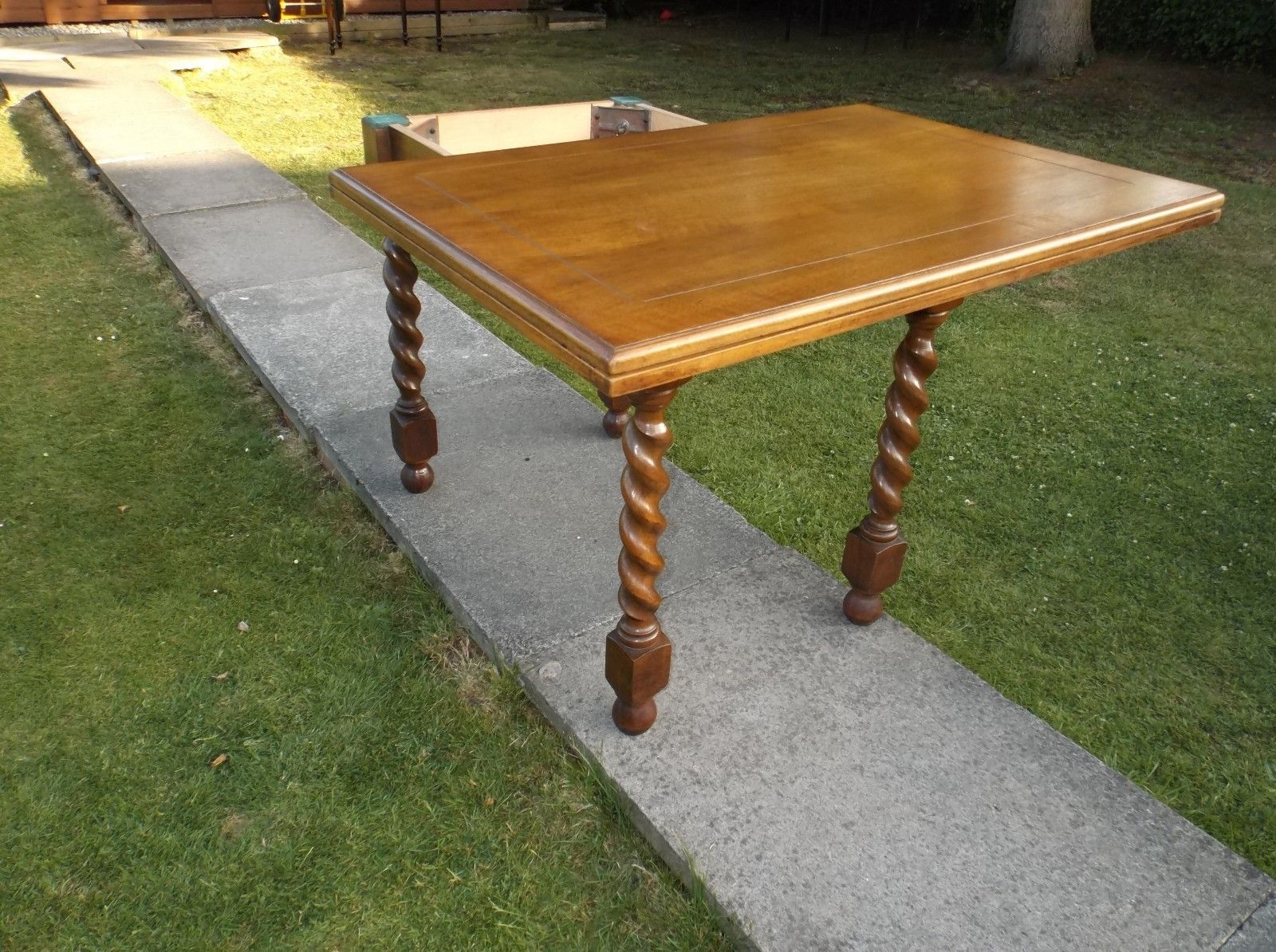 Flip Top Oak Dining Tables For Most Popular A Twist And Flip Top Oak Barley Twist Leg Games Or Dining Table – (View 18 of 25)
