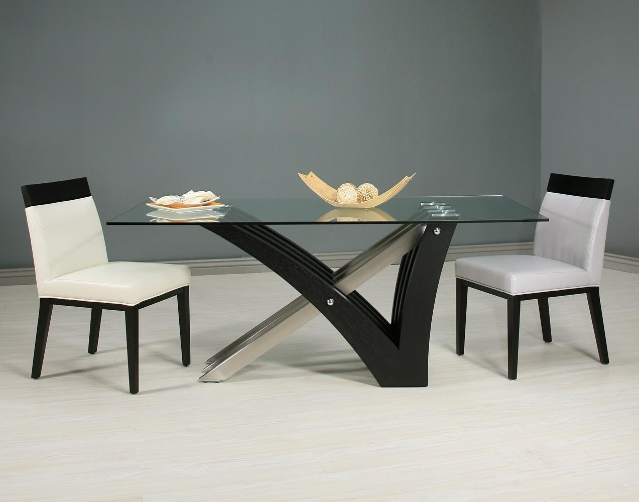 Glass Dining Tables With Wooden Legs Within Widely Used Simple Rectangle Clear Glass Top Dining Table With Black Wooden (View 16 of 25)