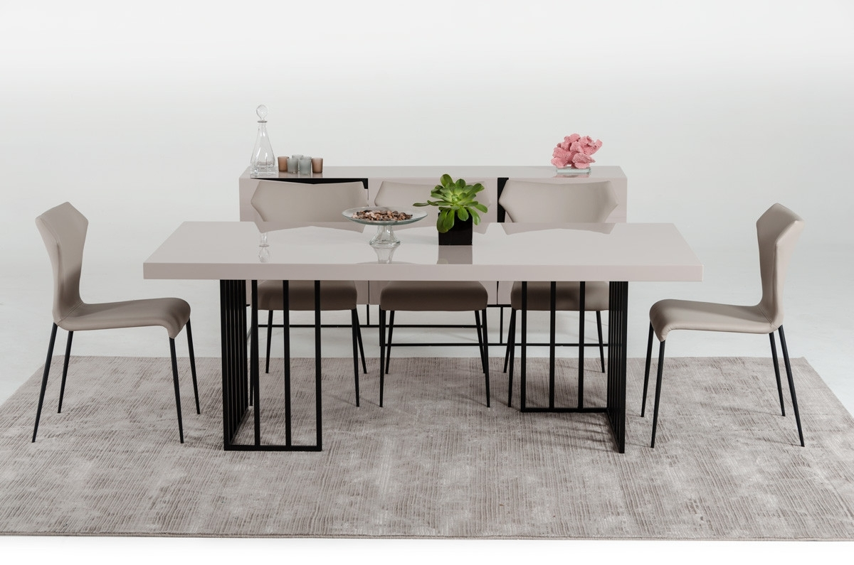 Grey Gloss Dining Tables For Newest Modrest Hope Modern Grey Gloss Dining Table (View 21 of 25)