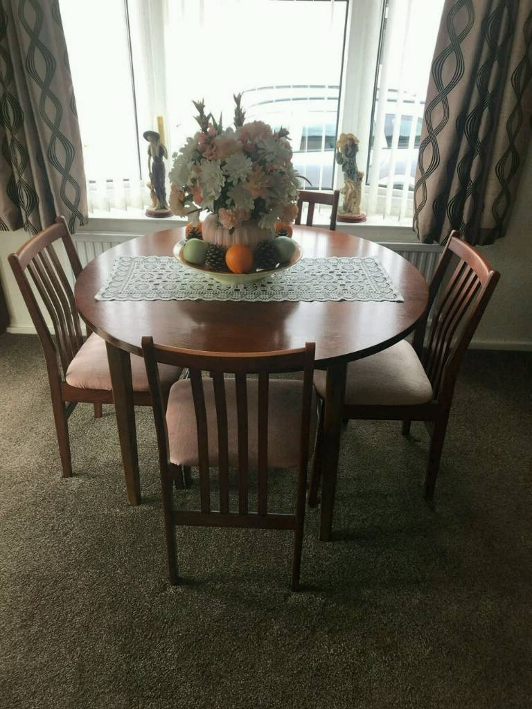 Gumtree in Mahogany Dining Tables And 4 Chairs