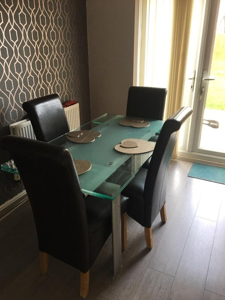 Gumtree Inside Cheap Glass Dining Tables And 4 Chairs (Gallery 18 of 25)