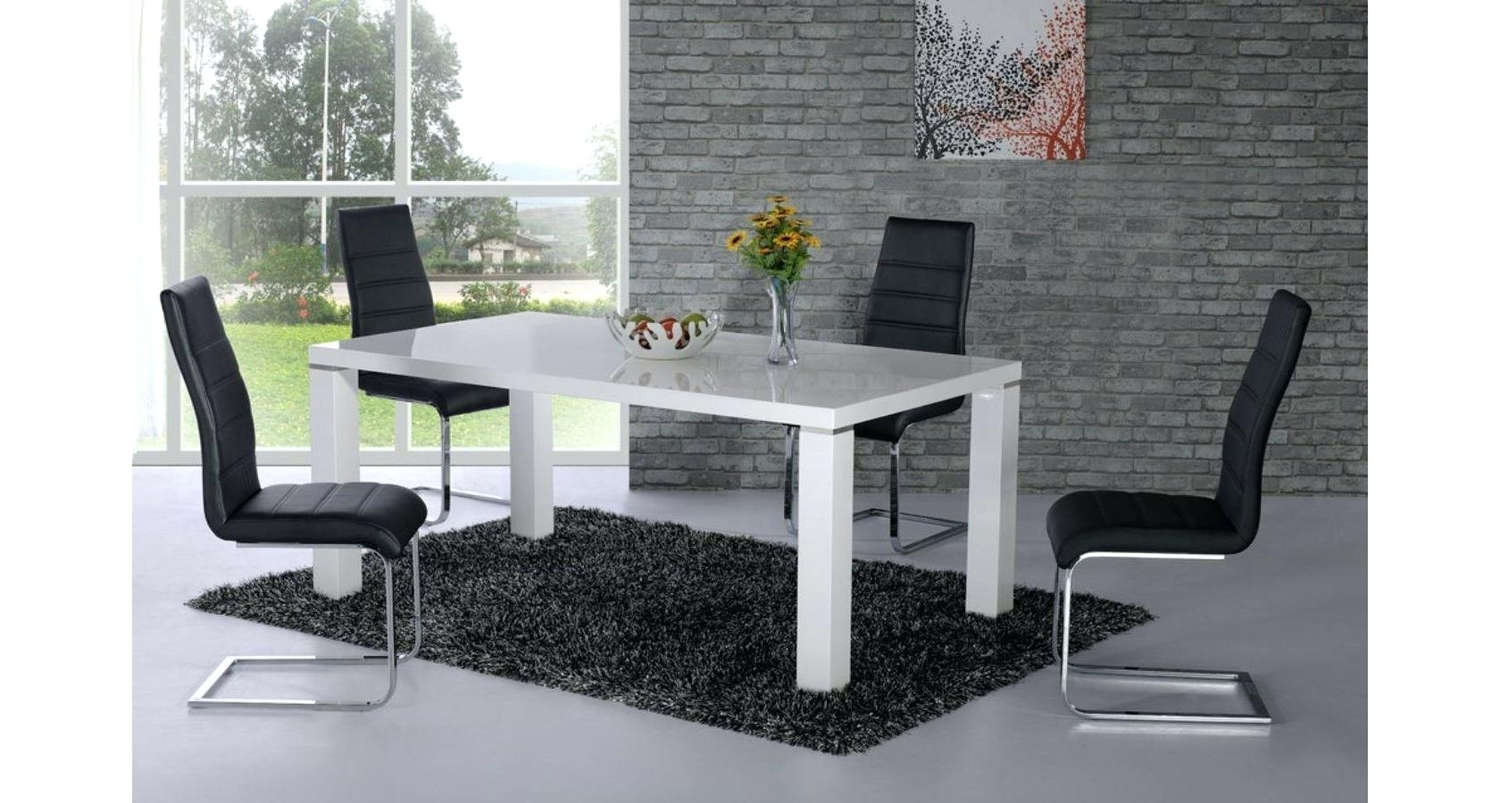Hi Gloss Dining Tables For Most Popular Hi Gloss Dining Table White Gloss Dining Tables And Chairs (View 8 of 25)