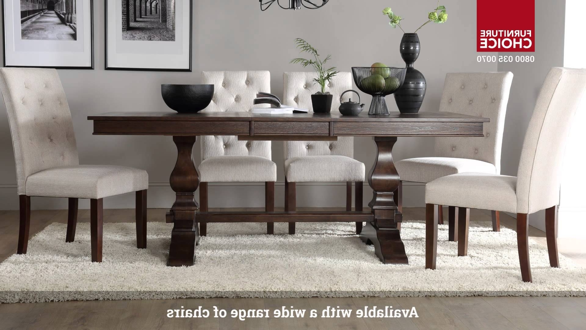 Imágenes De Dark Wood Dining Table And Grey Chairs With Regard To Fashionable Dark Wooden Dining Tables (Gallery 16 of 25)