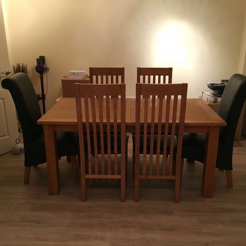 In For Cambridge Dining Tables (Gallery 4 of 25)