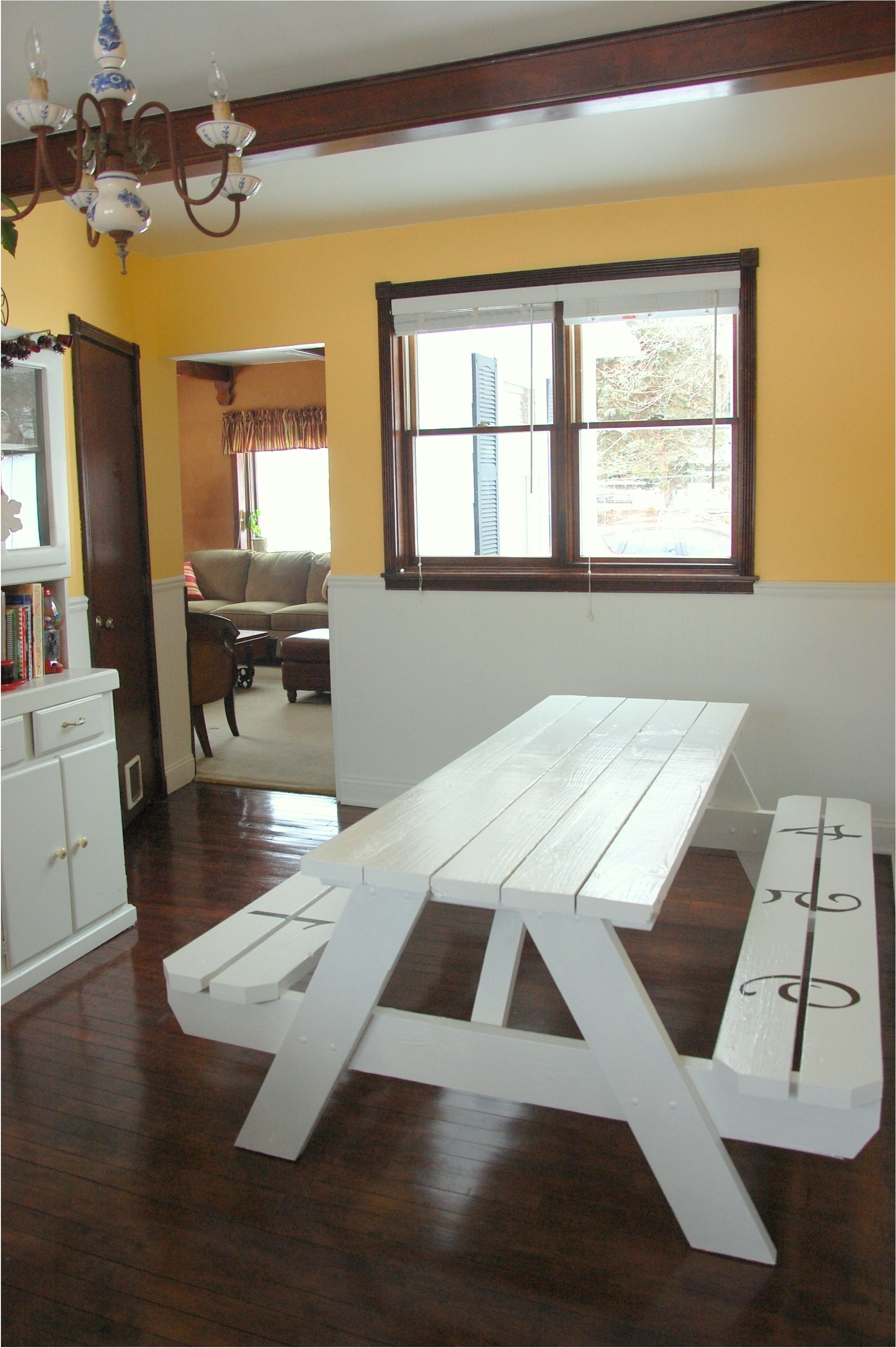 Indoor Picnic Style Dining Tables For Famous Delightful Best 32 Indoor Picnic Table Ideas For A Relaxed Feel For (View 8 of 25)
