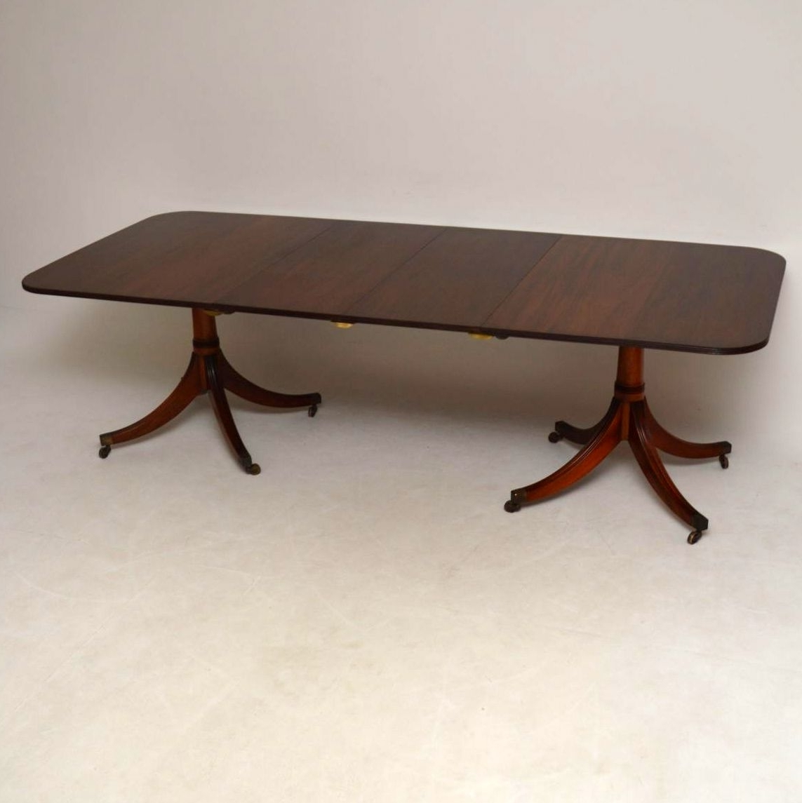 Large Antique Mahogany Extending Dining Table (View 6 of 25)