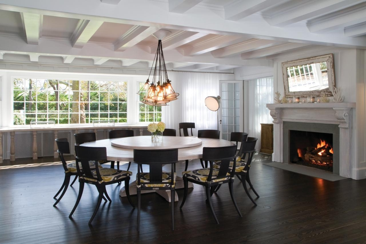 Large Circular Dining Tables Regarding Fashionable Dining Tables (View 11 of 25)