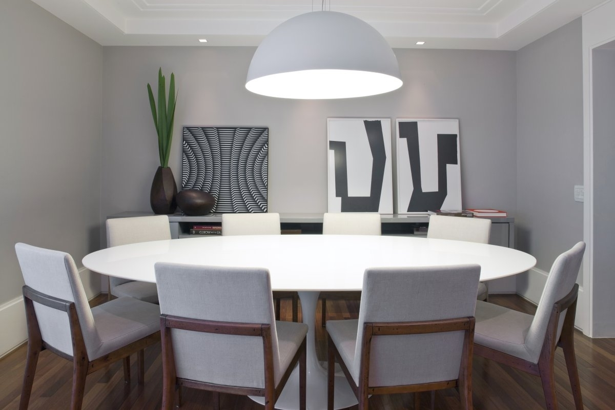 Large Circular Dining Tables With Regard To 2017 Sets And Chair Round Dining Circle Oak Table Extending Large Room (View 13 of 25)