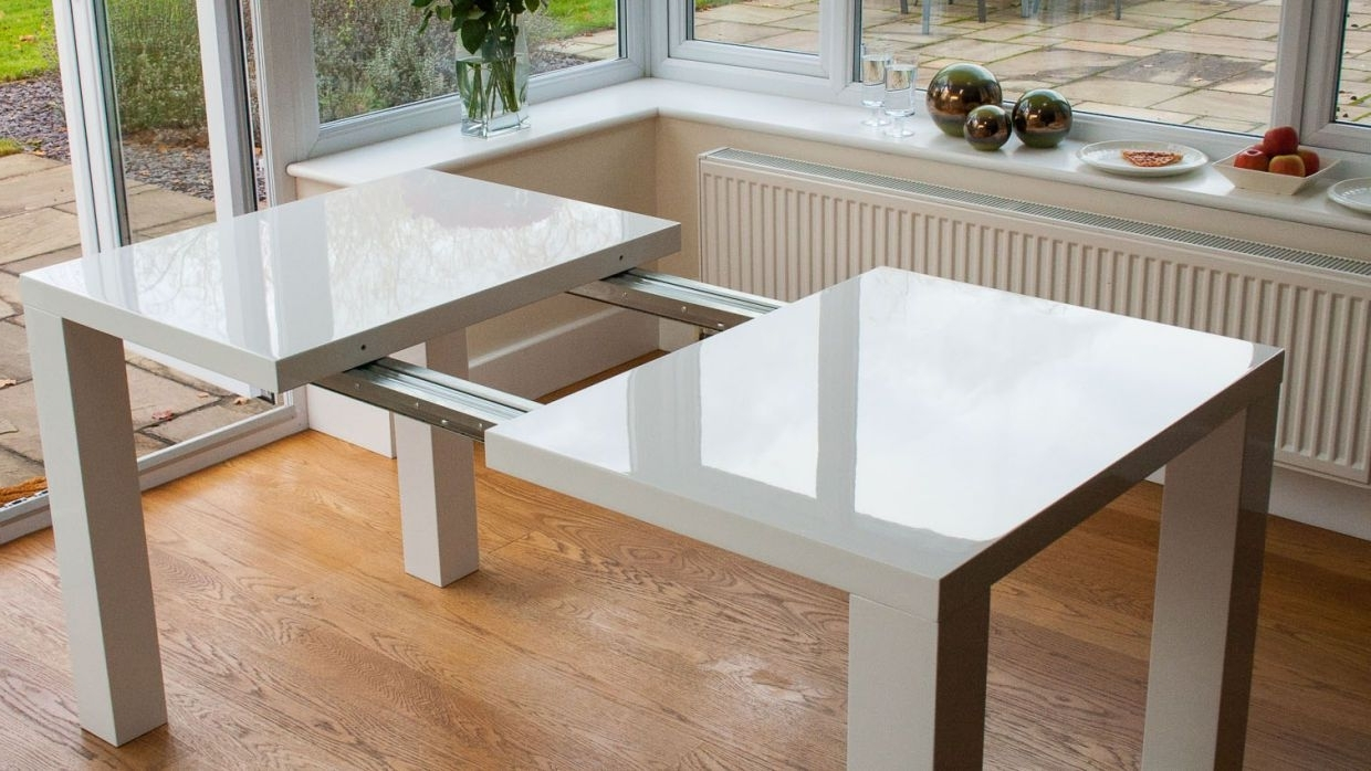 Large With Regard To White Gloss Round Extending Dining Tables (View 10 of 25)