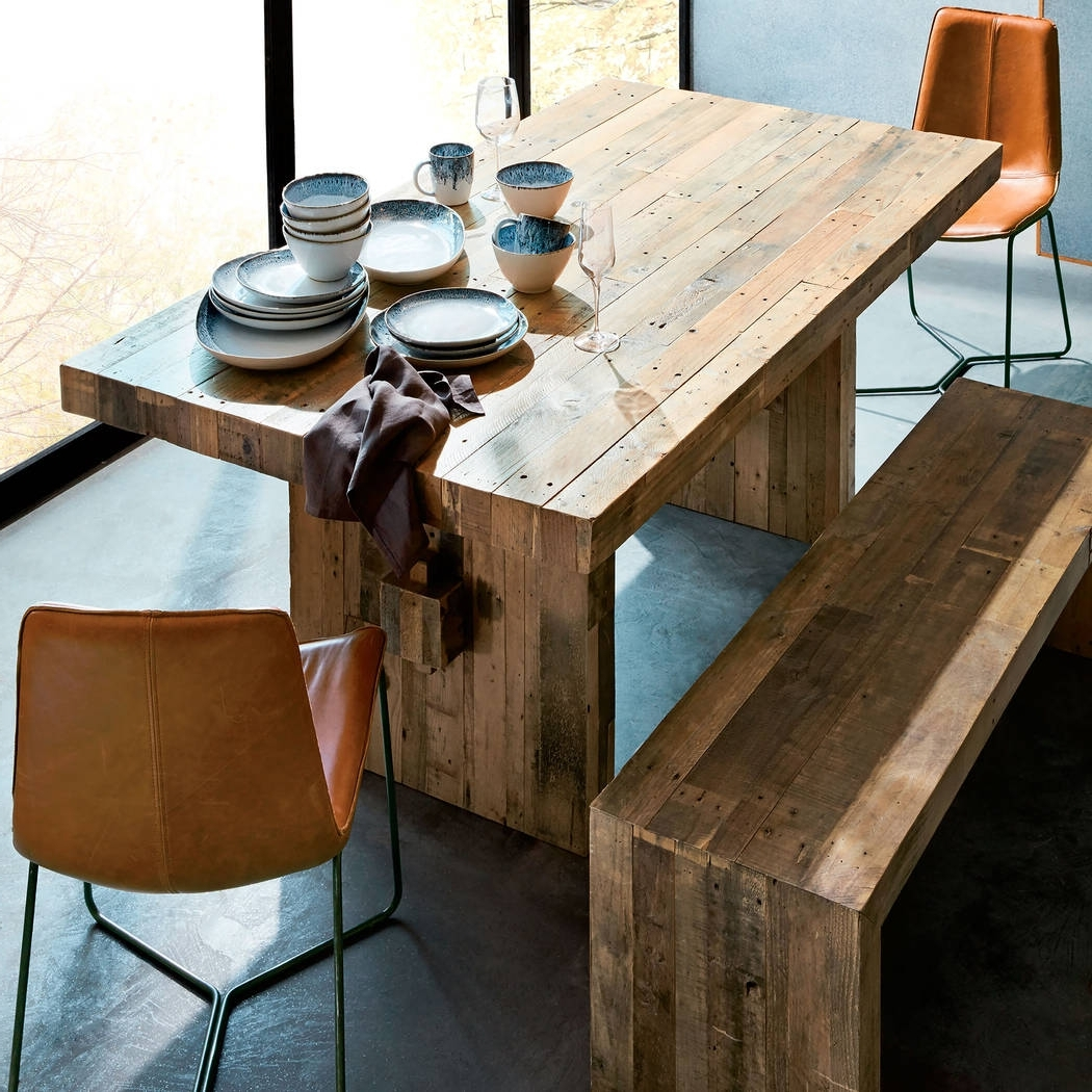 Las Vegas Review Journal Pertaining To Best And Newest Hayden Dining Tables (View 12 of 25)