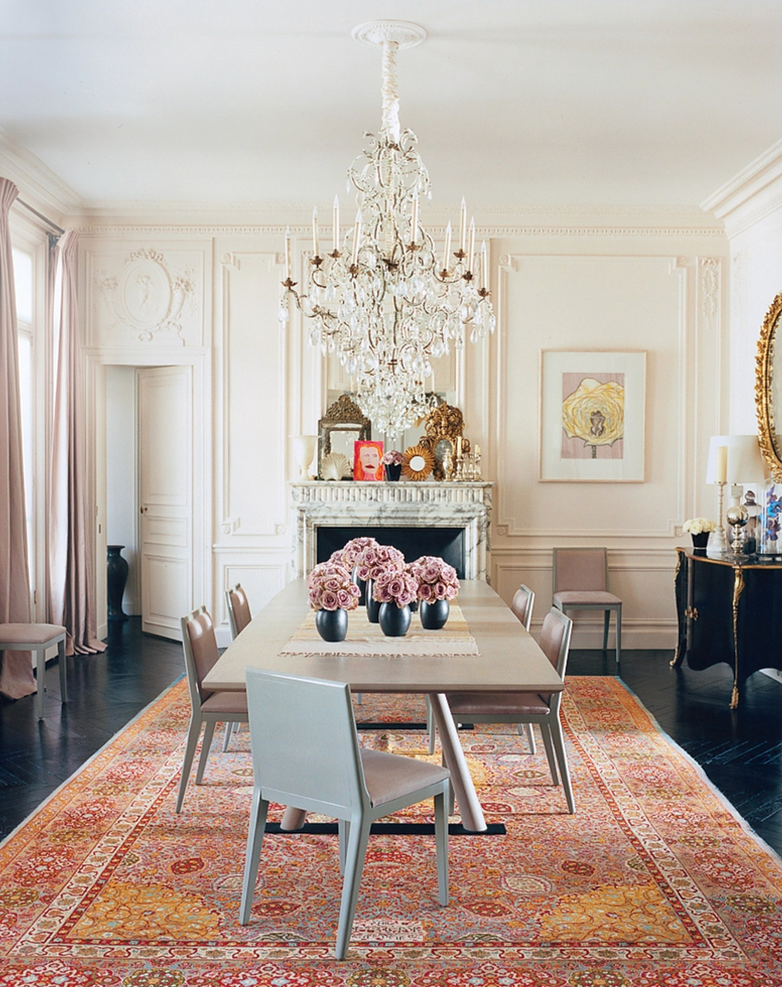 Latest A Look At 30 Dining Rooms In Vogue – Vogue For Vogue Dining Tables (View 5 of 25)