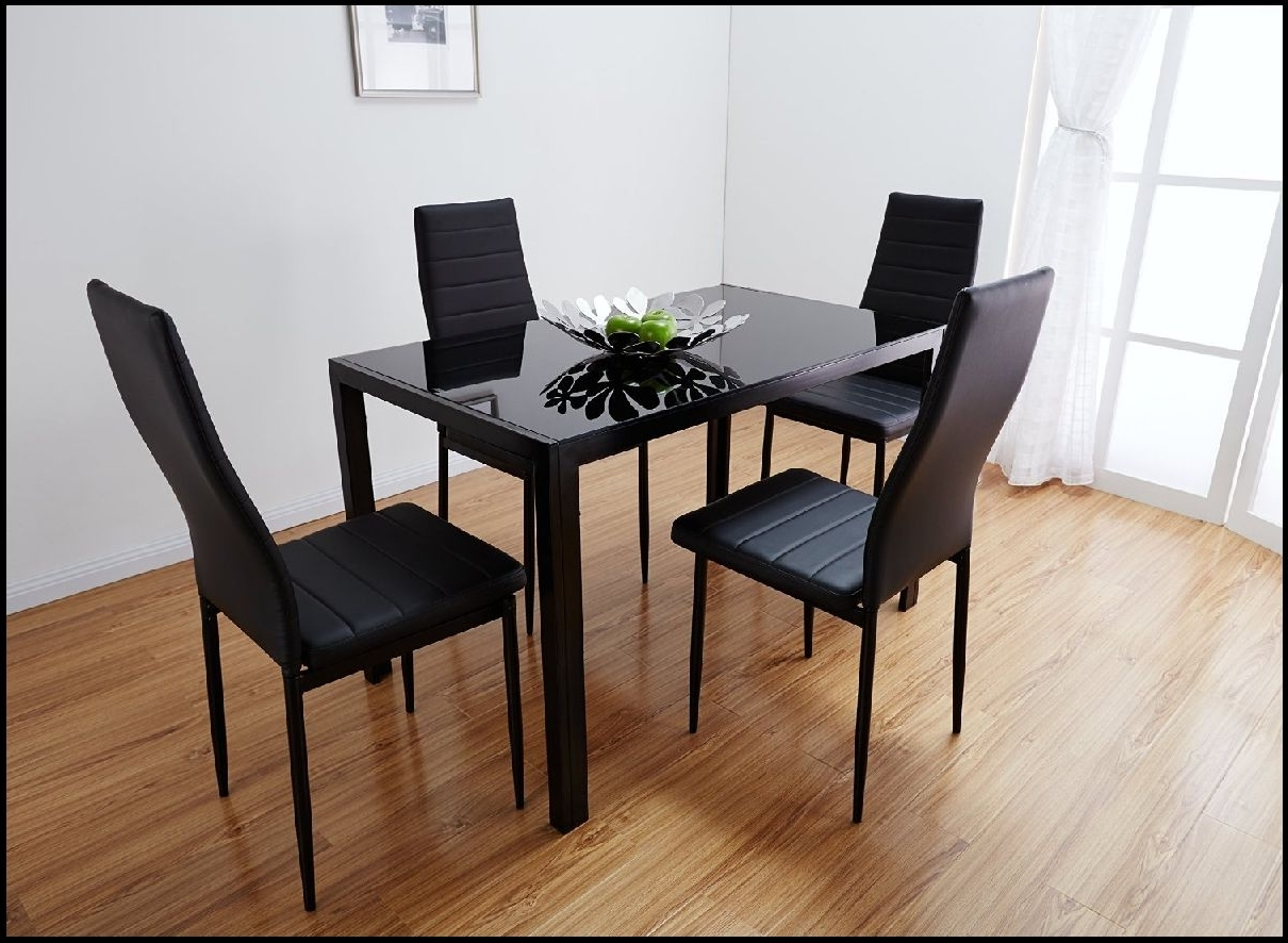 Latest Charming The Perfect Cool Glass Dining Table And White Leather Regarding Glass Dining Tables And Leather Chairs (View 11 of 25)