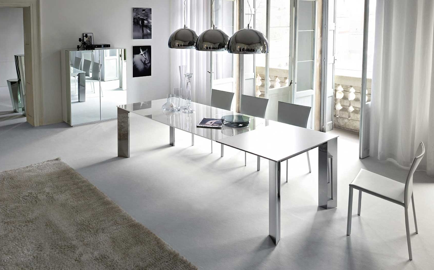 Latest Contemporary Dining Room Chairs Regarding Photos: Fantastic Modern Dining Room Chairs And Table Furniture (View 15 of 25)