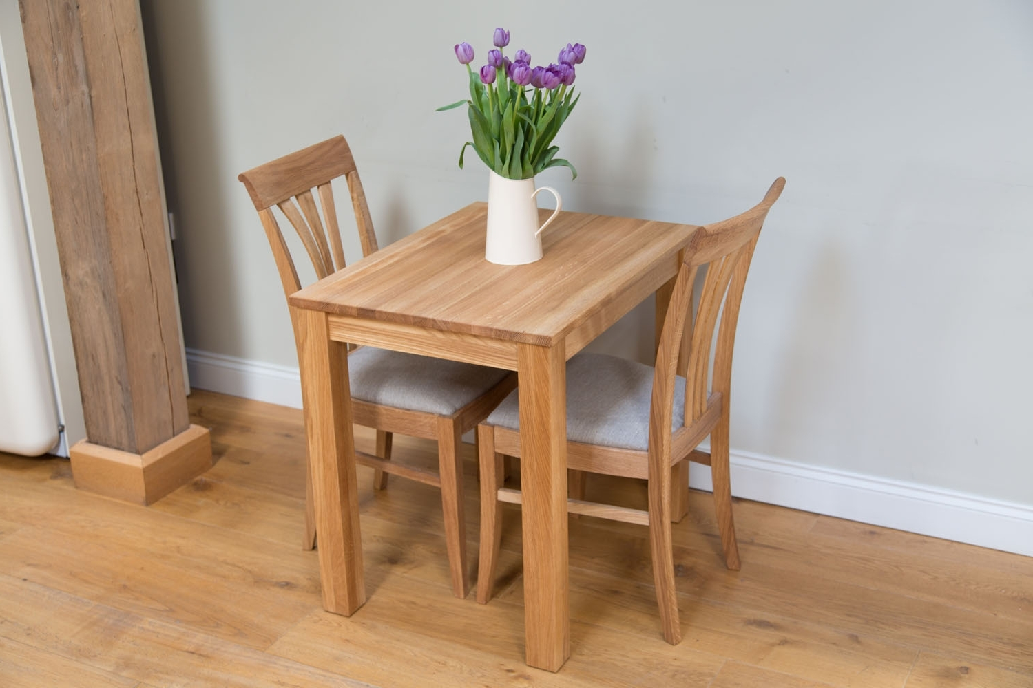 Latest Small 4 Seater Dining Tables Inside Small Solid Oak Dining Table (View 12 of 25)