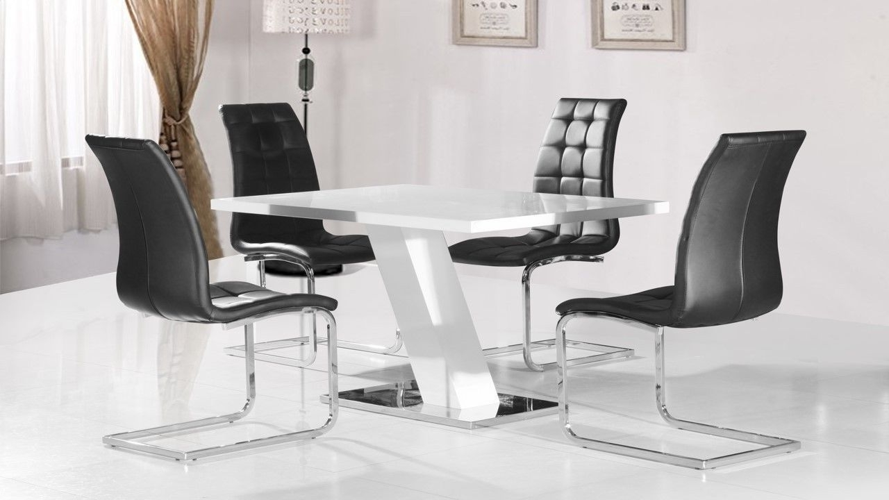 Latest White High Gloss Dining Table And 4 Black Chairs Homegenies, Hi Throughout Hi Gloss Dining Tables (View 6 of 25)