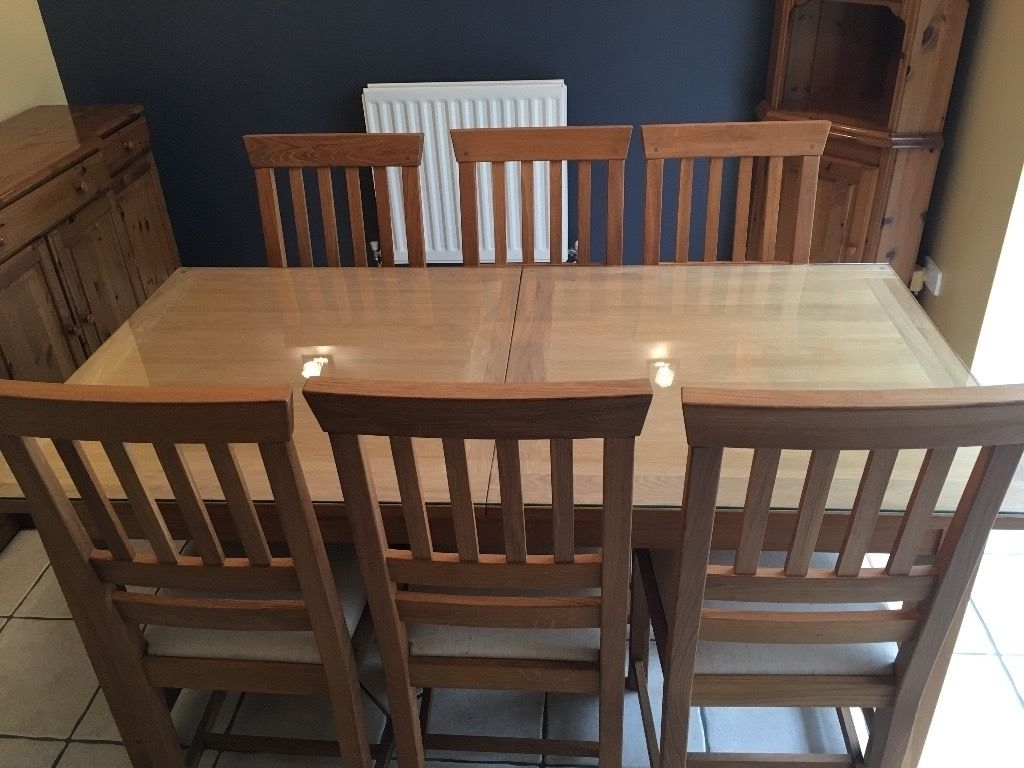 Laura Ashley 'milton' Large/extendable Oak Dining Room Table C/w 8 Intended For 2018 Milton Dining Tables (View 22 of 25)