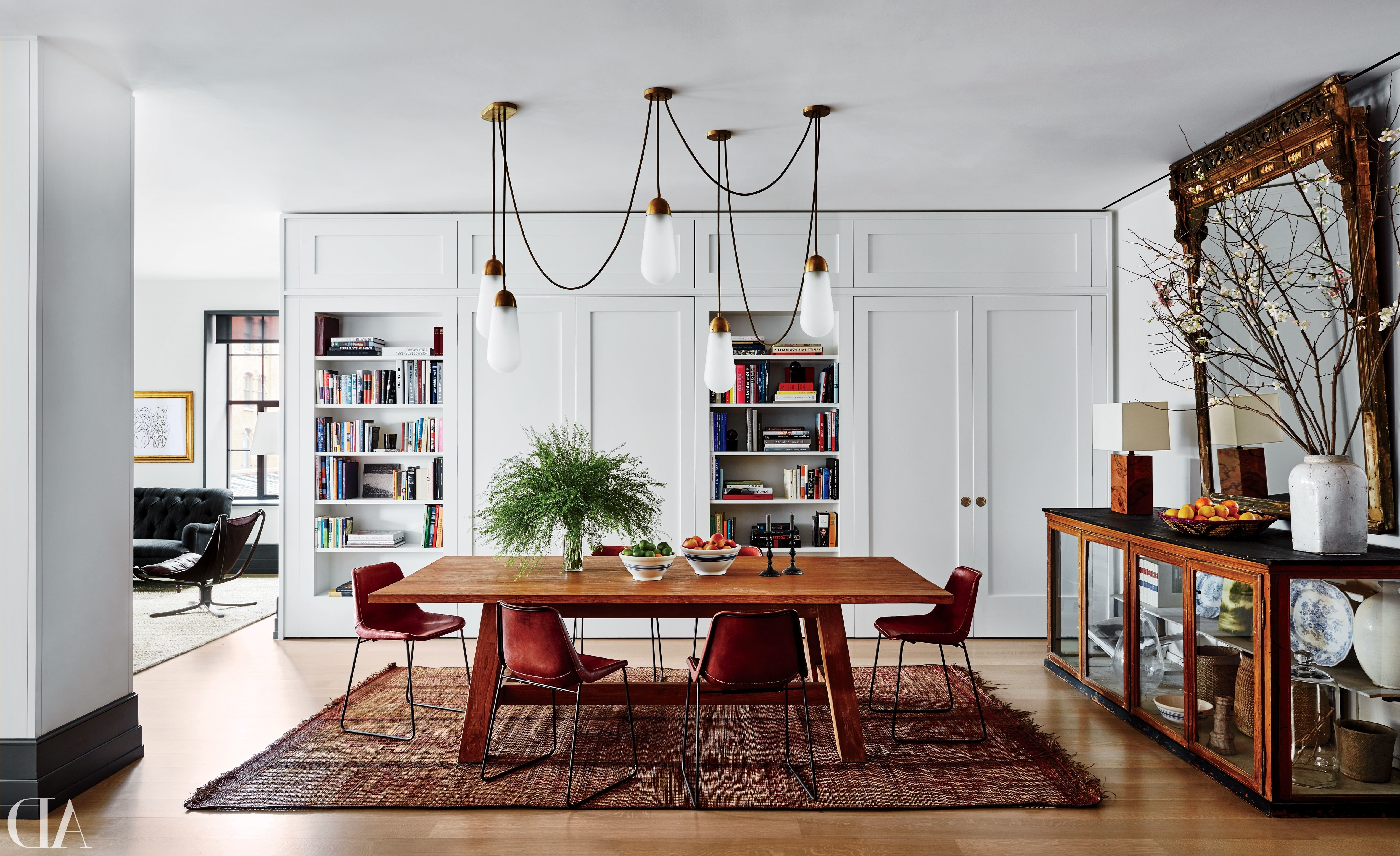 Laurent Round Dining Tables With Regard To 2017 Step Inside 47 Celebrity Dining Rooms Photos (View 18 of 25)