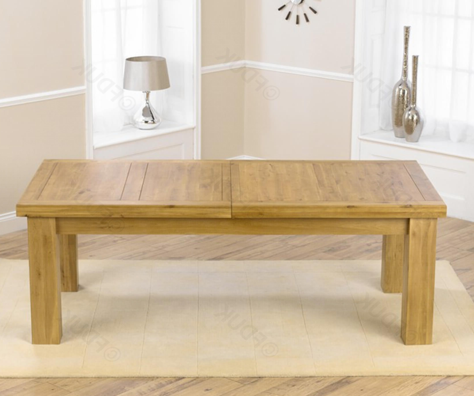 Laurent Solid Oak Extending Dining Table (View 14 of 25)