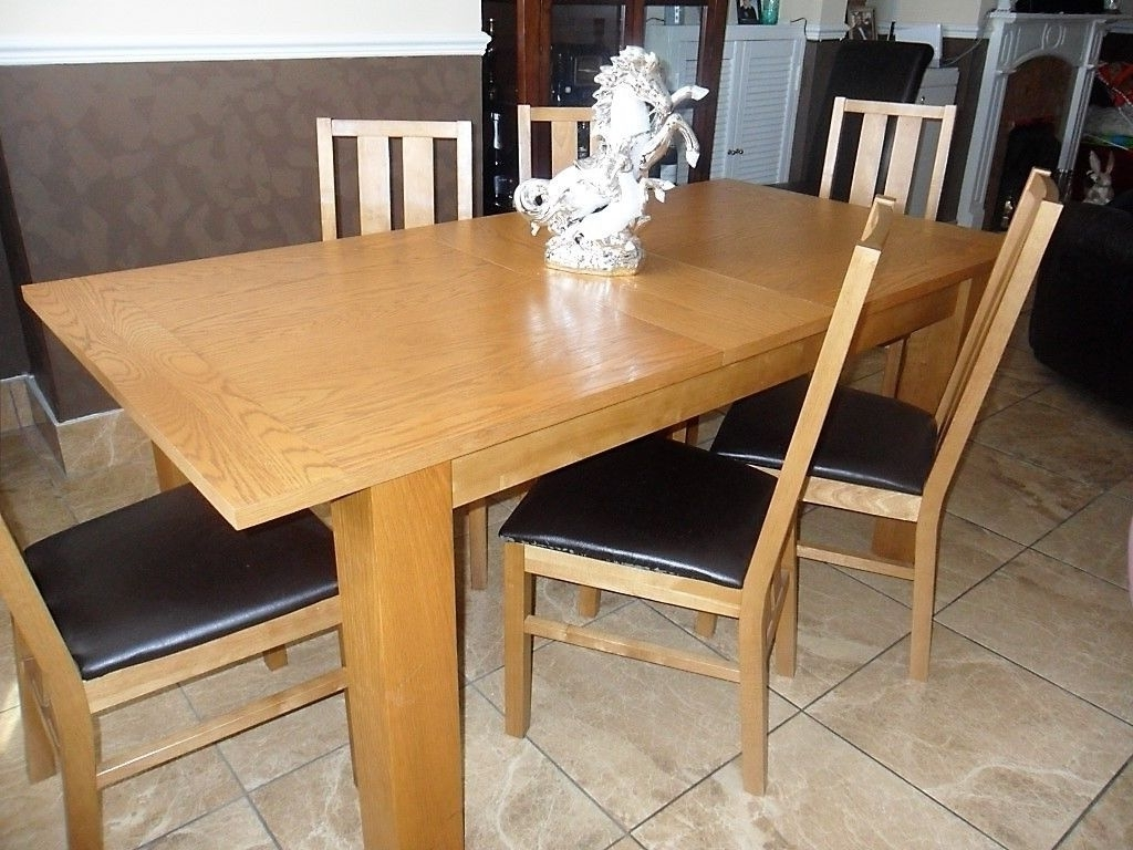 Light Oak Dining Tables And 6 Chairs Regarding Most Popular Solid Extending Light Oak Dining Table With 6 Chairs (View 10 of 25)