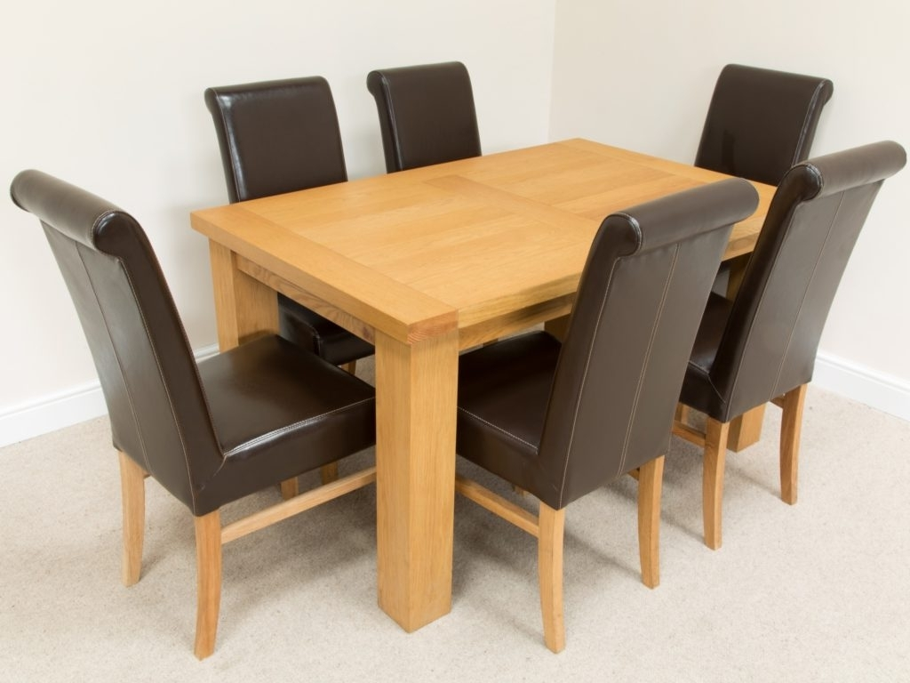 Light Oak Dining Tables And Chairs For Most Popular Kitchen : Round Extendable Dining Table And Chairs Oak Dining Chairs (View 9 of 25)