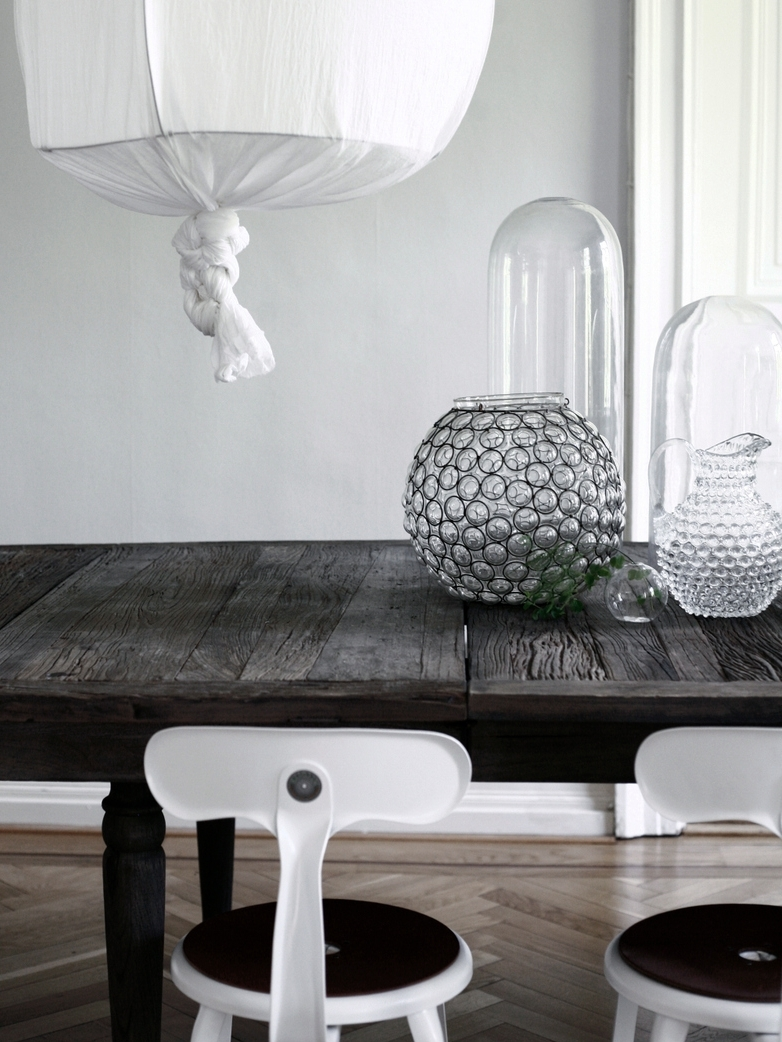 Lyon Dining Table With Most Popular Lyon Dining Tables (View 11 of 25)
